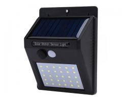 Lampara Luz Solar Pared Jardin c/Sensor PIR Mov. 30 Leds
